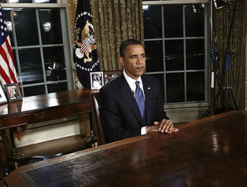 obama-at-empty-desk