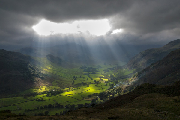 light_thru_clouds