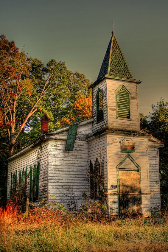 abandoned_church