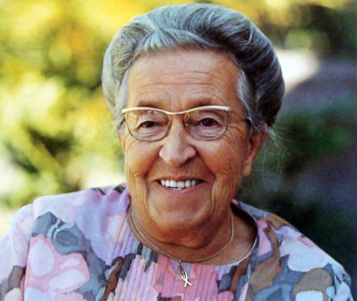 During world war 2 corrie ten boom and her family were arrested by the