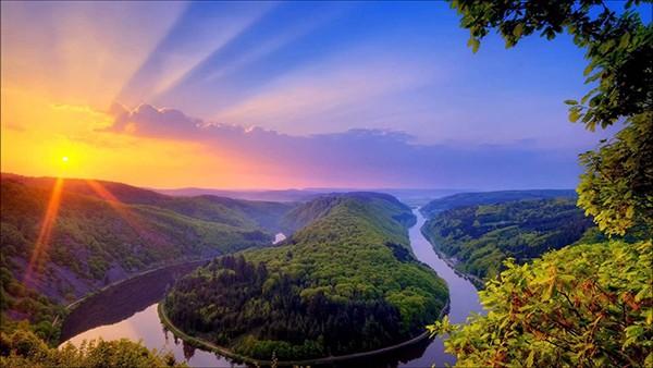 sunny_river