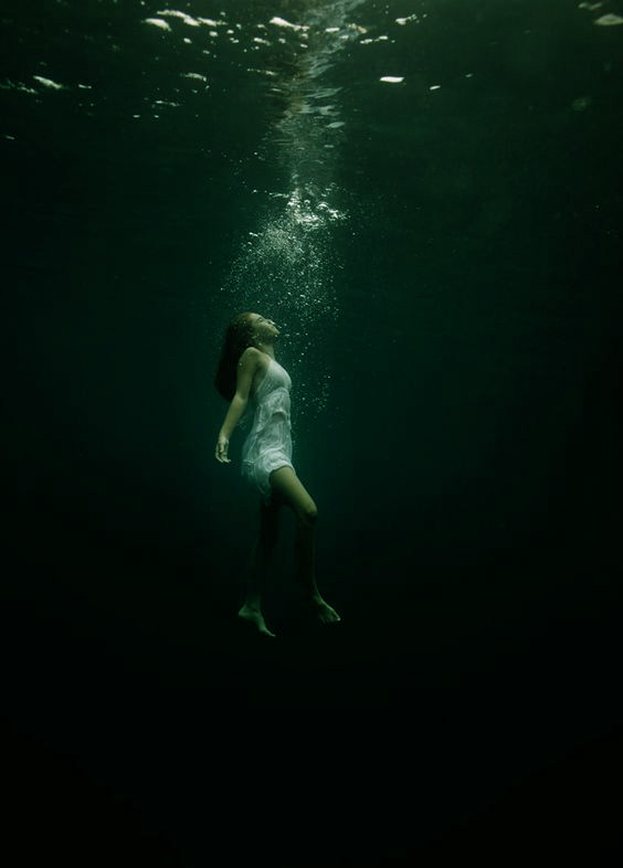 dark_green_water
